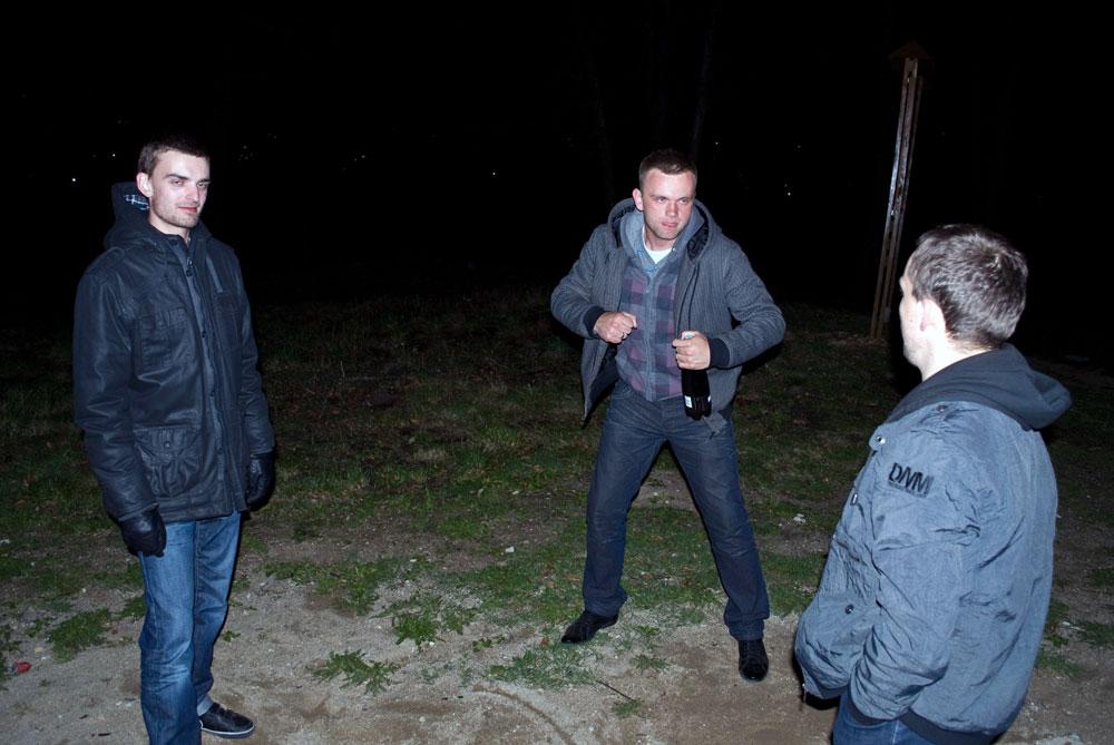 Freestyle Battle na Grzybku - Ludzie Szy (16.04.2011)
